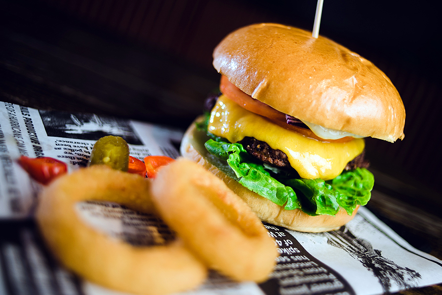 The Shire Cheese Gourmet Burger - 6oz Patty, Cheddar Cheese, Lettuce, Tomato, Red Onion & Mustard Mayo