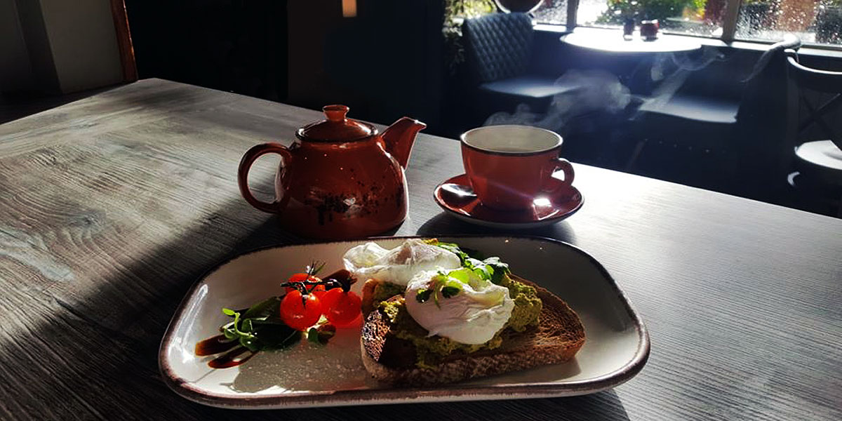 Breakfast like a King or Queen at the Shire Café